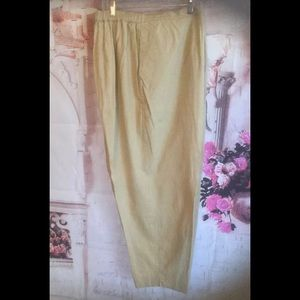 Venenzia gold linen pants size 22/24